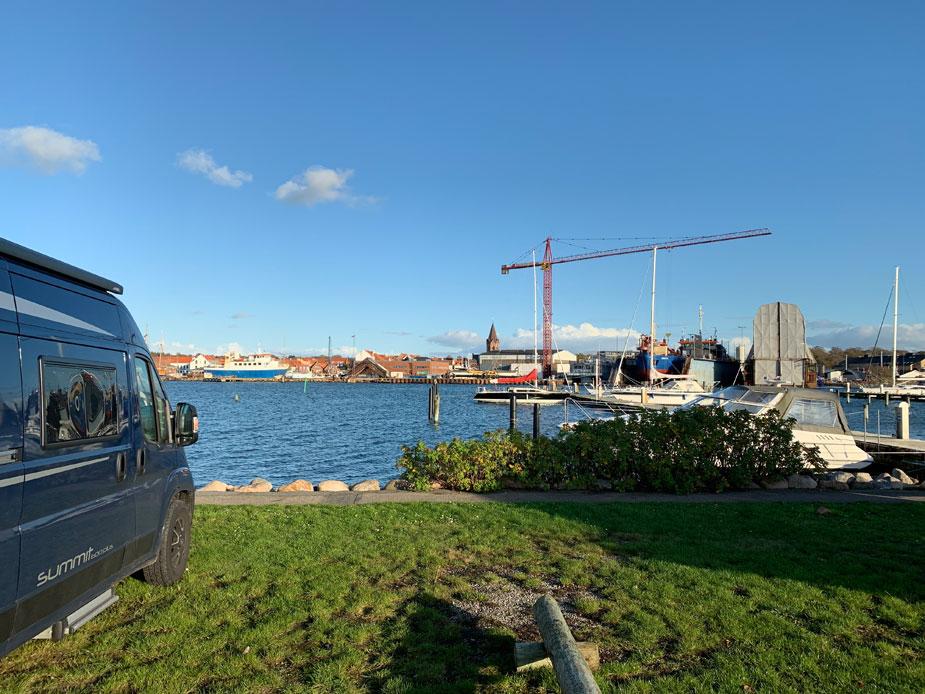 Traumhafter Stellplatz am Yachthafen