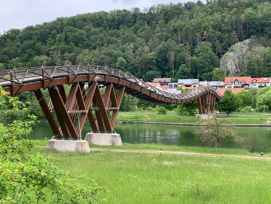 Die Tatzelwurm Holzbrücke
